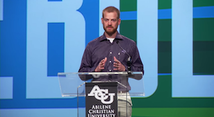Video: Dr. Kent Brantly ('03) speaks to Chapel crowd